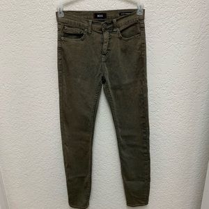 BDG olive green jeans size 28